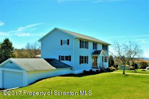 2393 N Lakeview Dr, Clarks Summit, PA 18411