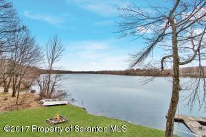 6 Lake Drive, Lakewood, PA 18439