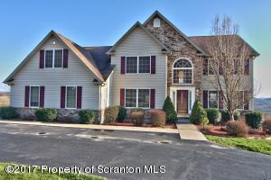 315 Middle Mountain Dr, Factoryville, PA 18419