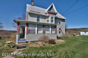 515 Amasa Rd, Factoryville, PA 18419