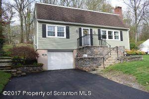 210 Grandview St, Clarks Summit, PA 18411