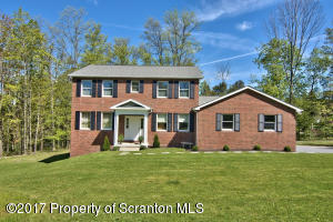121 Old Orchard Rd, Clarks Summit, PA 18411