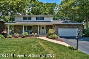 602 Carnation Dr, Clarks Summit, PA 18411