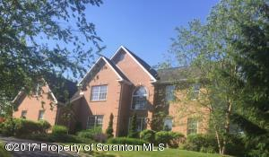 20 Misty Lane, Clarks Summit, PA 18411