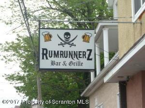 600-602 E Drinker St, Dunmore, PA 18512