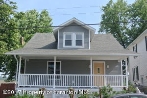 115 8th Ave, Carbondale, PA 18407