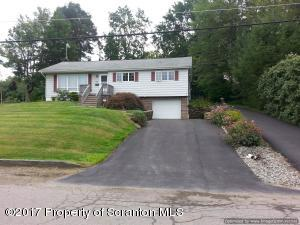 204 Carnation Dr, Clarks Summit, PA 18411
