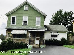 7 Gilbert St, Carbondale, PA 18407