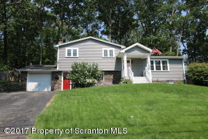 514 Haven Ln, Clarks Summit, PA 18411