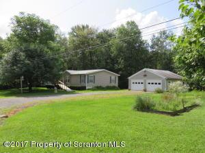 28 Oakview Lane, South Canaan, PA 18459
