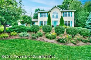 248 White Birch Dr, Scranton, PA 18504