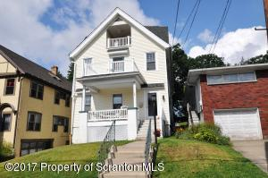 1521 Quincy Ave, Dunmore, PA 18509