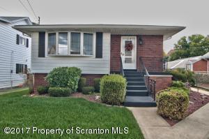 1105 Diamond Ave, Scranton, PA 18508