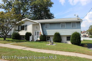 2212 Winfield Ave, Scranton, PA 18505