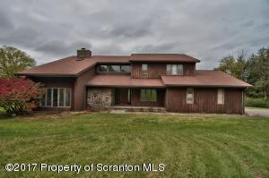 105 Old Field Rd, Waverly Twp, PA 18411
