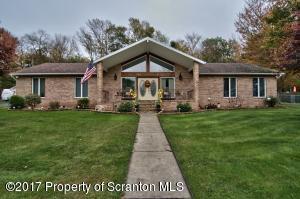 56 Hillcrest Dr, Covington Twp, PA 18424