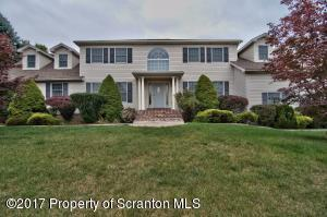 206 Abbey Dr, Clarks Summit, PA 18411