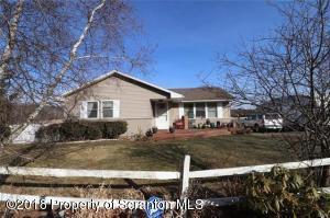 455 Alberdeen Rd, Mountaintop, PA 18707