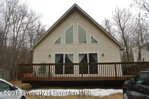 3392 Northwood Terrace, Lake Ariel, PA 18436