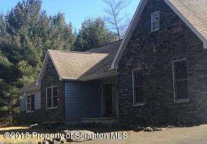 82 Pine Grove Rd, Thornhurst, PA 18424