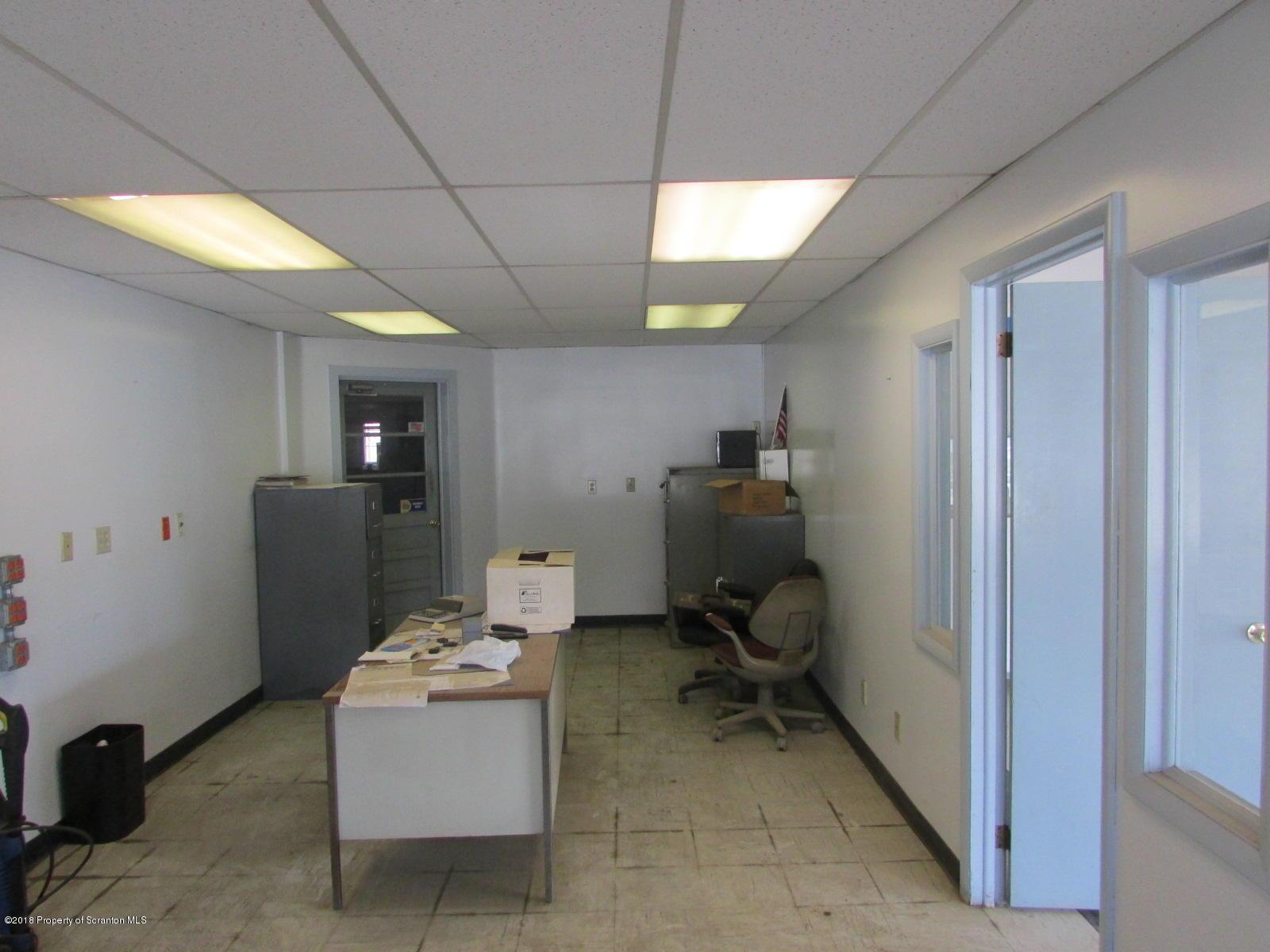 524 Grow Avenue, Montrose, Pennsylvania 18801, ,2 BathroomsBathrooms,Commercial,For Sale,Grow Avenue,18-1473