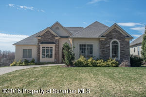 1010 Summerfield Dr, Waverly, PA 18471