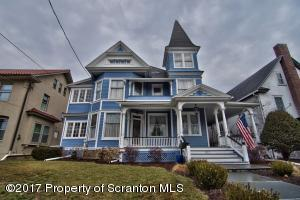 1121 Electric St, Scranton, PA 18509
