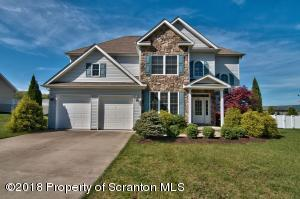 407 Champion Cir, Throop, PA 18512