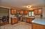 Oak cabinets and SS appliances