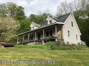 43 Knickerbocker Road, Lenoxville, PA 18441