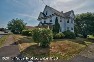 300 2nd St, Blakely, PA 18447