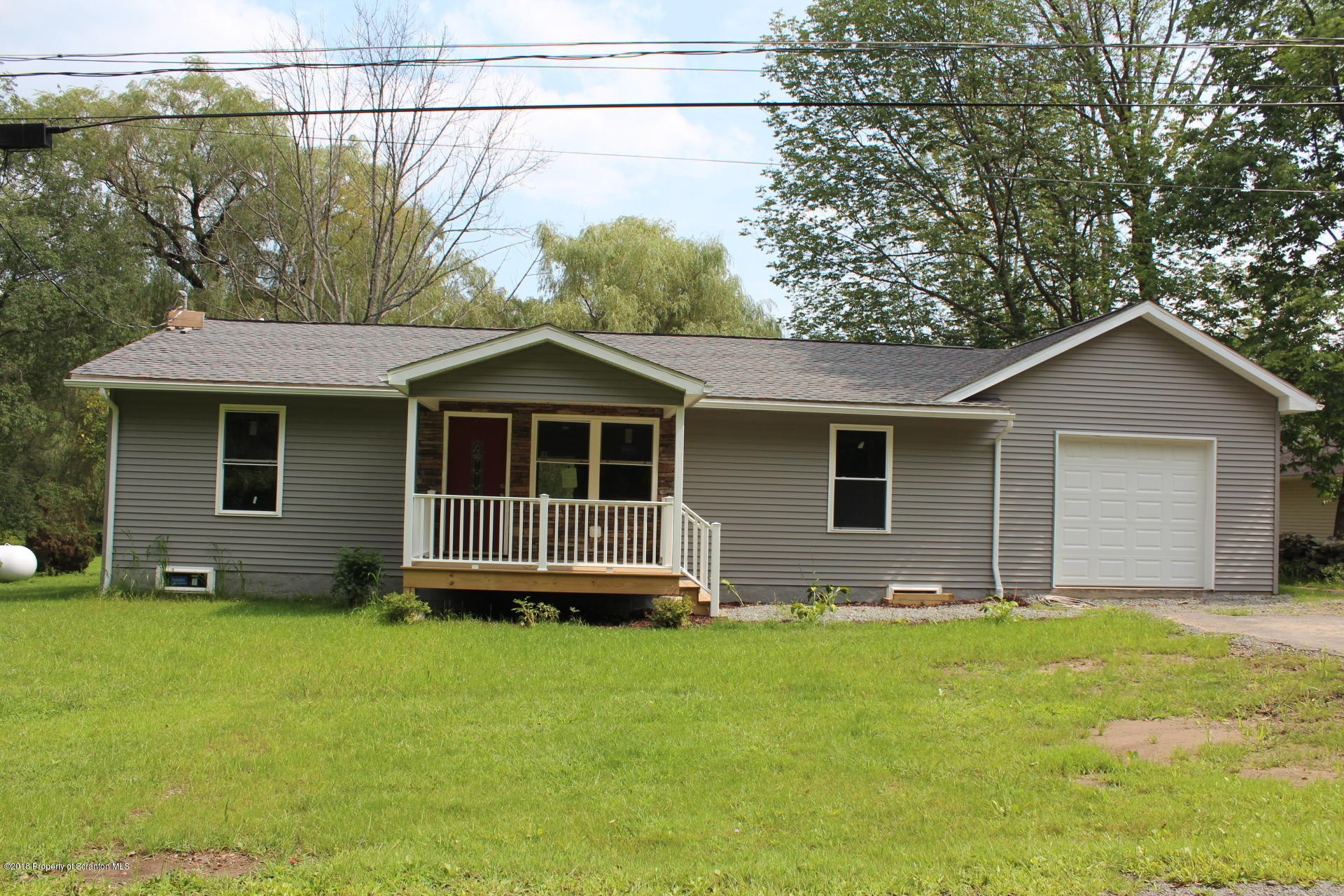 174 poor farm rd, Greenfield Twp, Pennsylvania 18407, 3 Bedrooms Bedrooms, 6 Rooms Rooms,2 BathroomsBathrooms,Single Family,For Sale,poor farm,18-4023