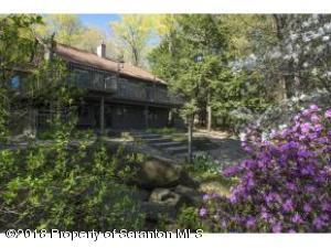 629 N Longford Lake Road, Brackney, PA 18812