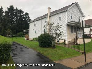 1242 Franklin St, Old Forge, PA 18518