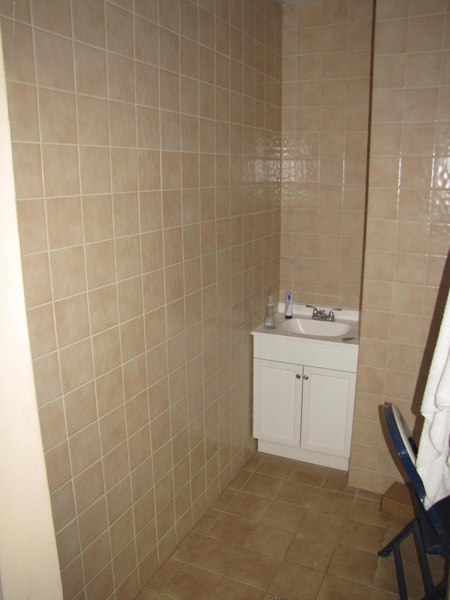 800 James Ave, Scranton, Pennsylvania 18510, ,1 BathroomBathrooms,Commercial,For Lease,James,18-5079