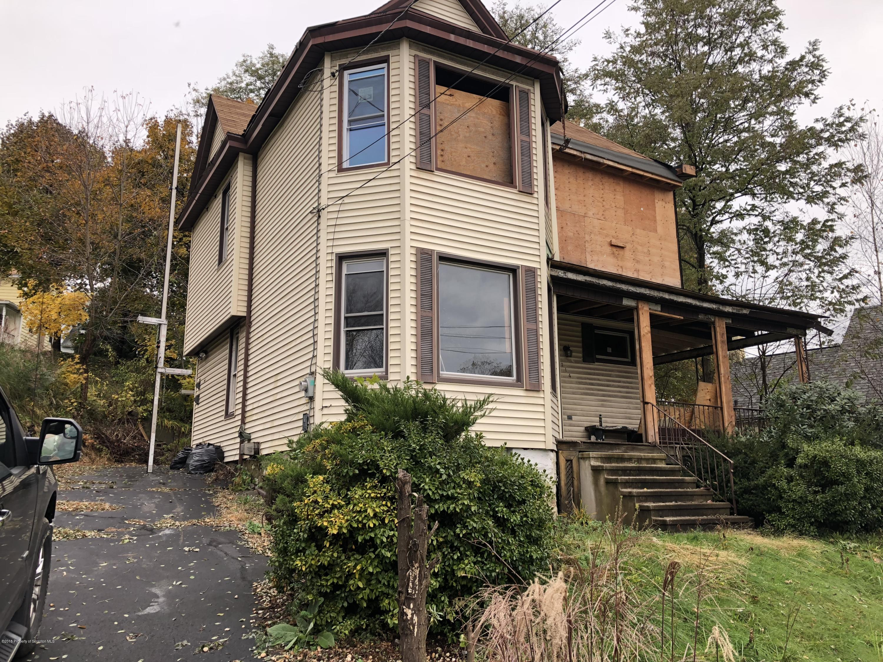 714 Valley Ave, Olyphant, Pennsylvania 18447, 3 Bedrooms Bedrooms, 6 Rooms Rooms,1 BathroomBathrooms,Single Family,For Sale,Valley,18-5200