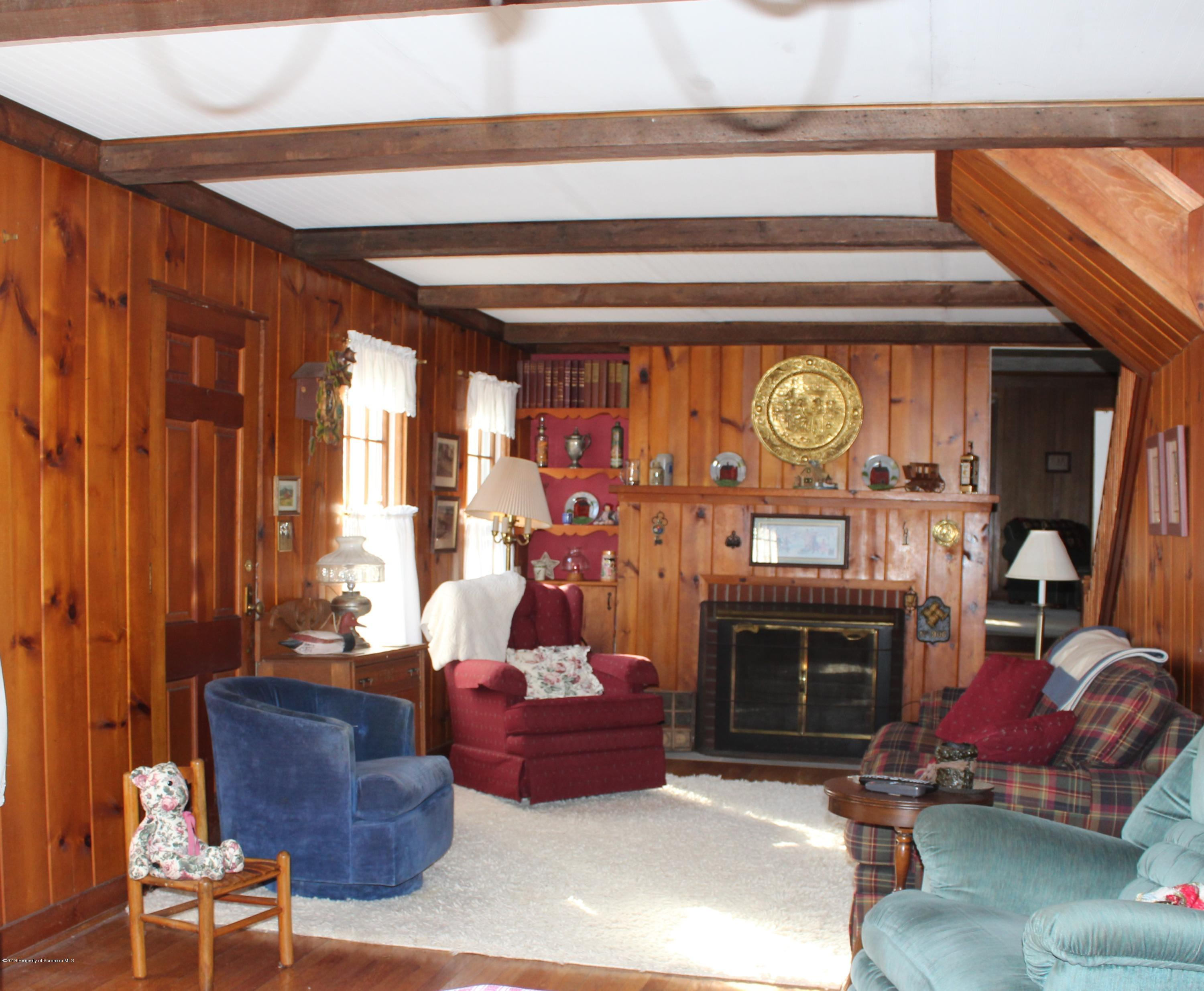 2457 Airport Rd, Clifford Twp, Pennsylvania 18421, 5 Bedrooms Bedrooms, 9 Rooms Rooms,3 BathroomsBathrooms,Single Family,For Sale,Airport,19-532