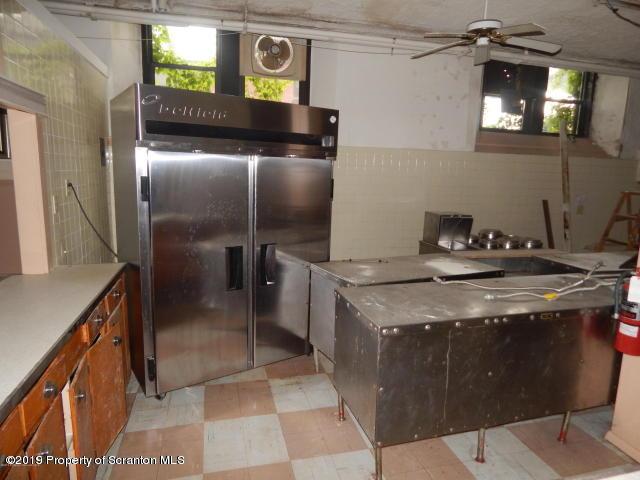 3335 Greenwood Ave- Moosic- Pennsylvania 18507, ,2 BathroomsBathrooms,Commercial,For Lease,Greenwood,19-679
