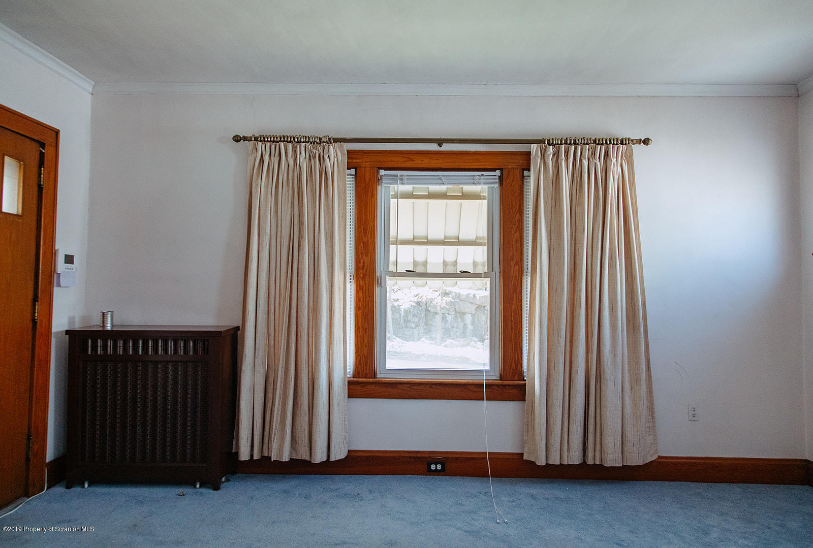 943 Moosic St, Scranton, Pennsylvania 18505, 3 Bedrooms Bedrooms, 6 Rooms Rooms,1 BathroomBathrooms,Single Family,For Sale,Moosic,19-1202