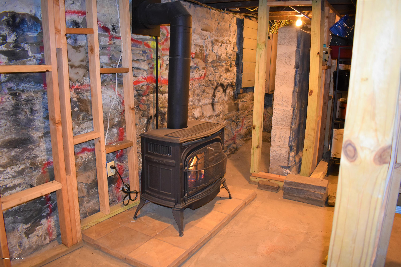 528 Emmett St, Scranton, Pennsylvania 18505, 4 Bedrooms Bedrooms, 7 Rooms Rooms,2 BathroomsBathrooms,Single Family,For Sale,Emmett,19-1349