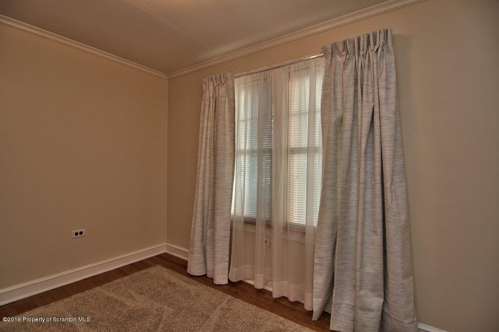 815 Rear Cherry St, Scranton, Pennsylvania 18505, 3 Bedrooms Bedrooms, 7 Rooms Rooms,1 BathroomBathrooms,Single Family,For Sale,Rear Cherry,19-1952