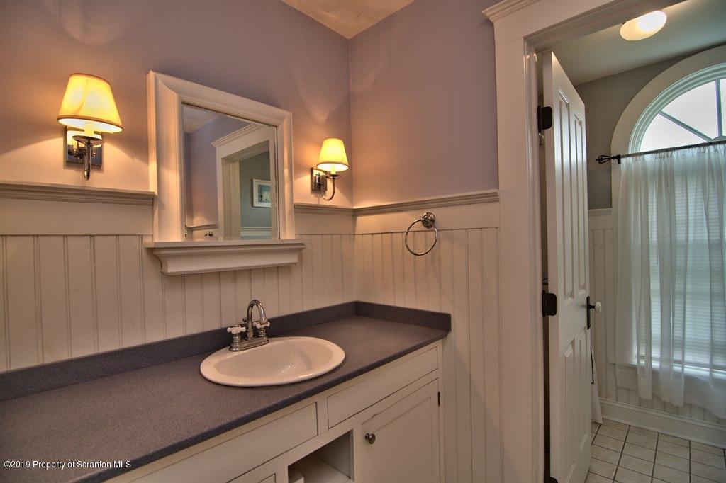 353 Freeman Rd, Dalton, Pennsylvania 18414, 7 Bedrooms Bedrooms, 13 Rooms Rooms,4 BathroomsBathrooms,Single Family,For Sale,Freeman,19-2063