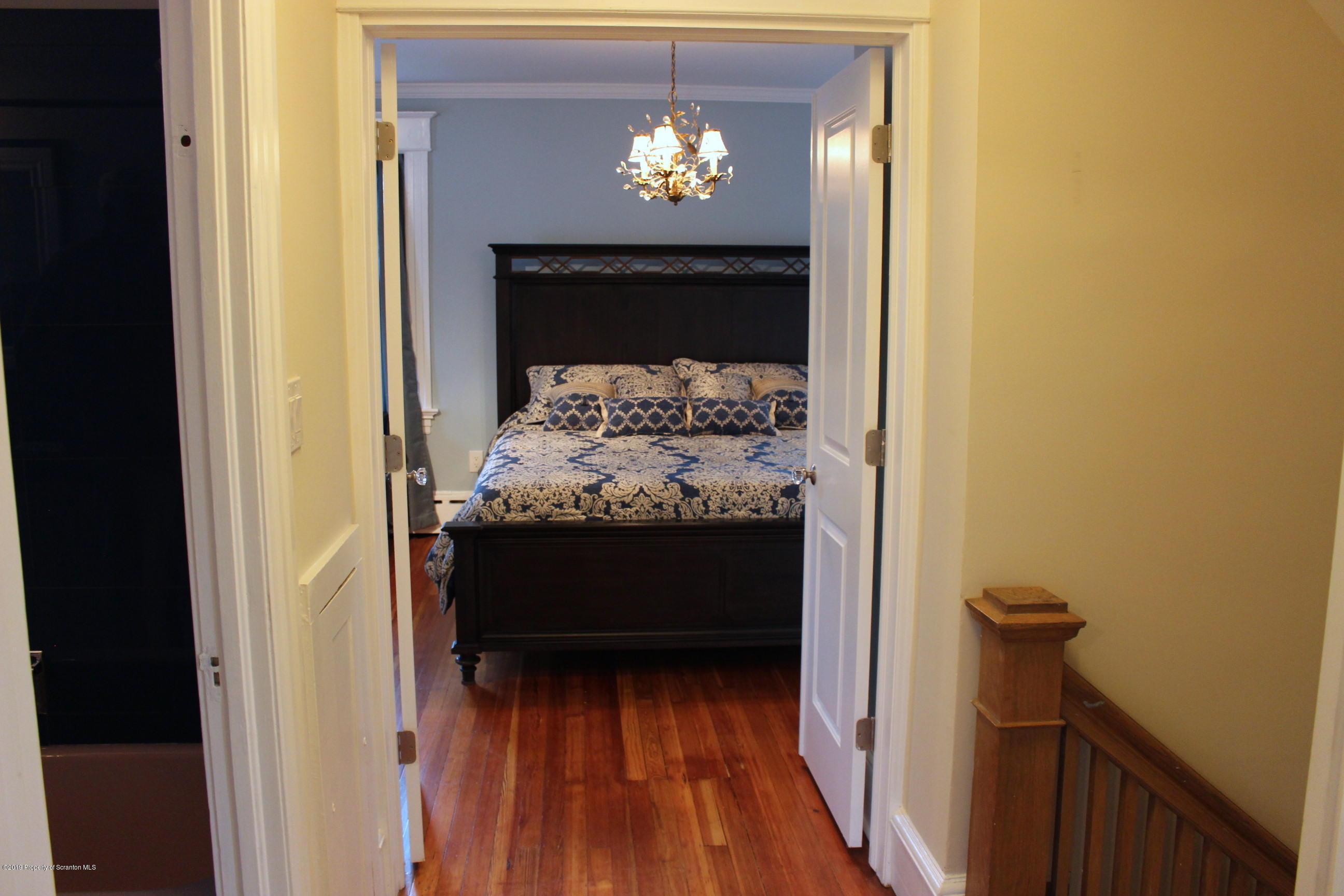 1729 Wyoming Ave, Scranton, Pennsylvania 18509, 4 Bedrooms Bedrooms, 7 Rooms Rooms,4 BathroomsBathrooms,Single Family,For Sale,Wyoming,19-1155