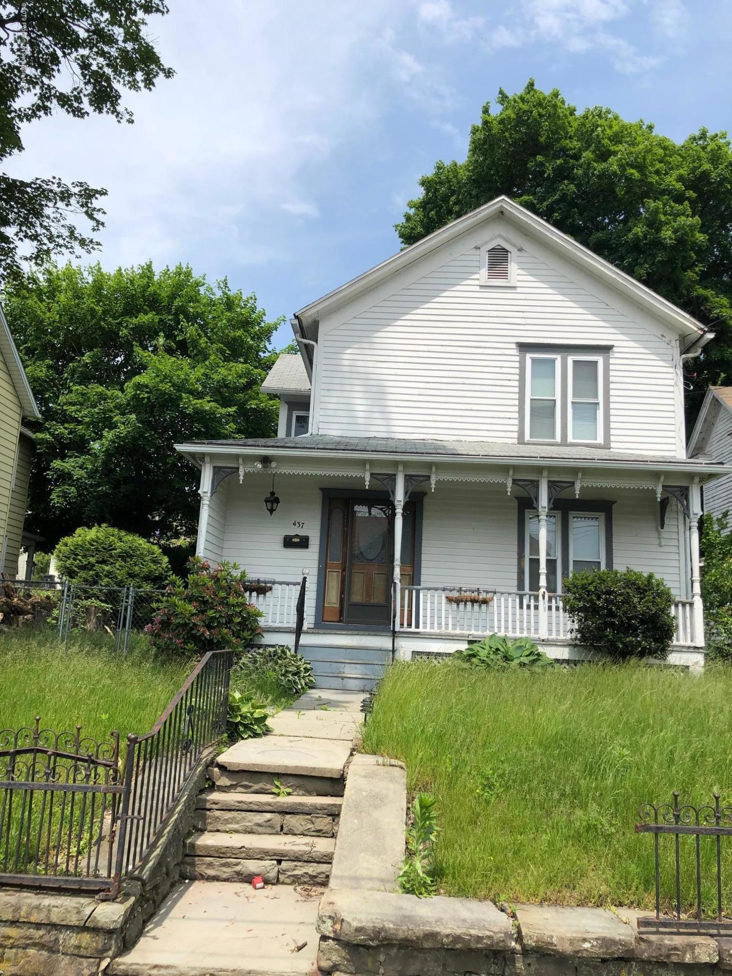 437 Madison Ave, Jermyn, Pennsylvania 18433, 3 Bedrooms Bedrooms, 7 Rooms Rooms,2 BathroomsBathrooms,Single Family,For Sale,Madison,19-2703