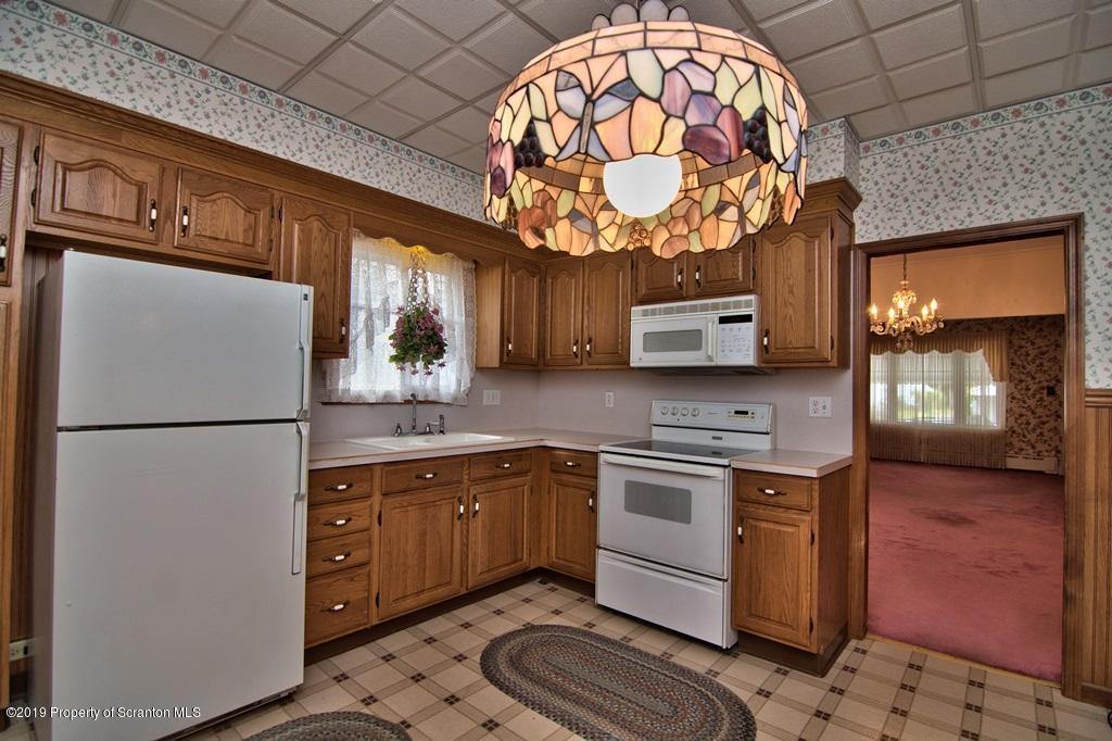 210 Olyphant Ct, Olyphant, Pennsylvania 18447, 3 Bedrooms Bedrooms, 6 Rooms Rooms,2 BathroomsBathrooms,Single Family,For Sale,Olyphant,19-2808