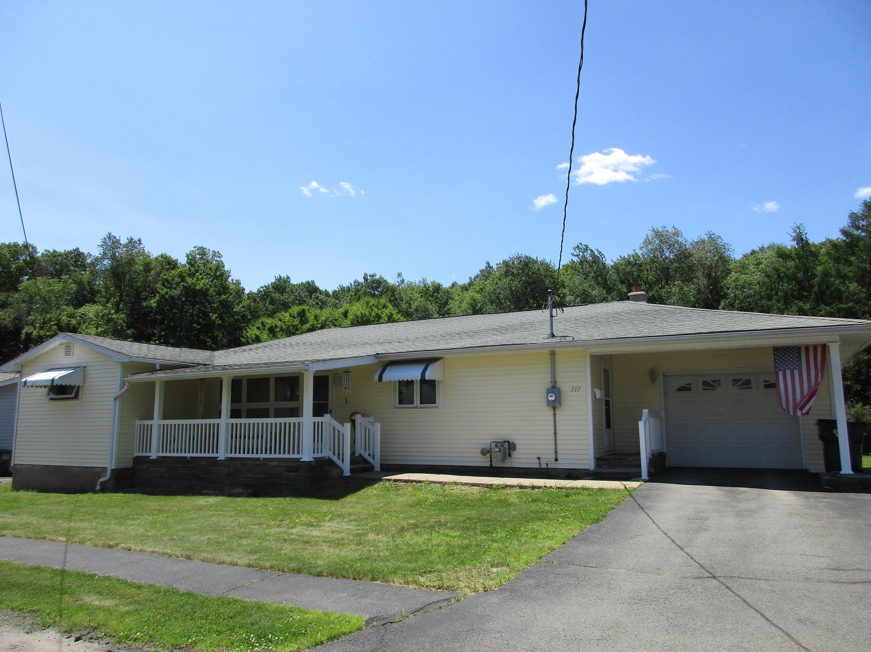 315 Dwight Ave, Jermyn, Pennsylvania 18433, 4 Bedrooms Bedrooms, 9 Rooms Rooms,2 BathroomsBathrooms,Single Family,For Sale,Dwight,19-2967