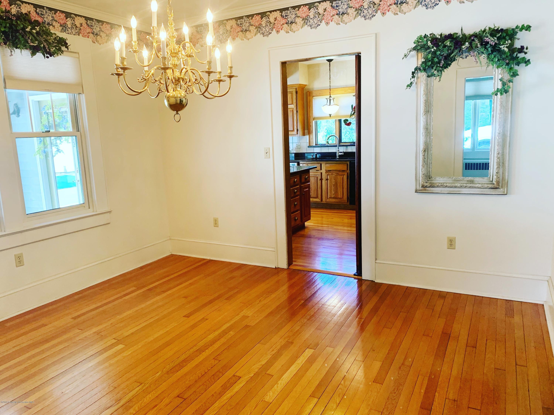 110 Nelson St, Clarks Green, Pennsylvania 18411, 3 Bedrooms Bedrooms, 9 Rooms Rooms,3 BathroomsBathrooms,Single Family,For Sale,Nelson,18-4339