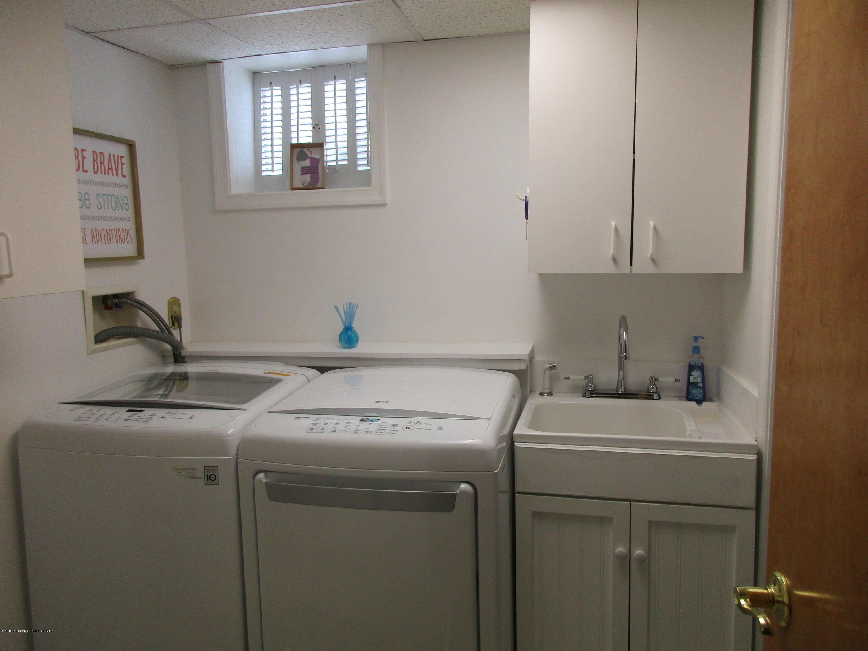 16 Terrace Dr, Scranton, Pennsylvania 18508, 3 Bedrooms Bedrooms, 8 Rooms Rooms,2 BathroomsBathrooms,Single Family,For Sale,Terrace,19-3740