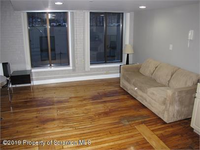 800 James Ave, Scranton, Pennsylvania 18510, 1 Bedroom Bedrooms, 2 Rooms Rooms,1 BathroomBathrooms,Rental,For Lease,James,19-3278