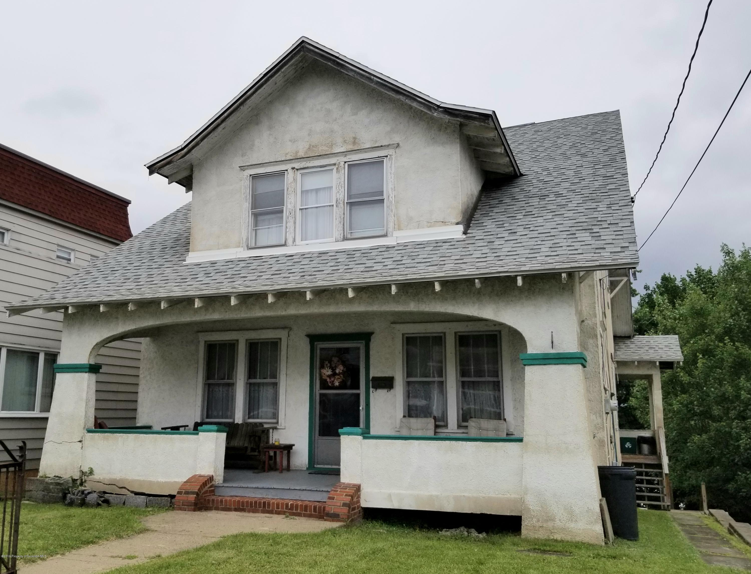 408 2nd Ave, Jessup, Pennsylvania 18434, 3 Bedrooms Bedrooms, 8 Rooms Rooms,1 BathroomBathrooms,Single Family,For Sale,2nd,19-3477